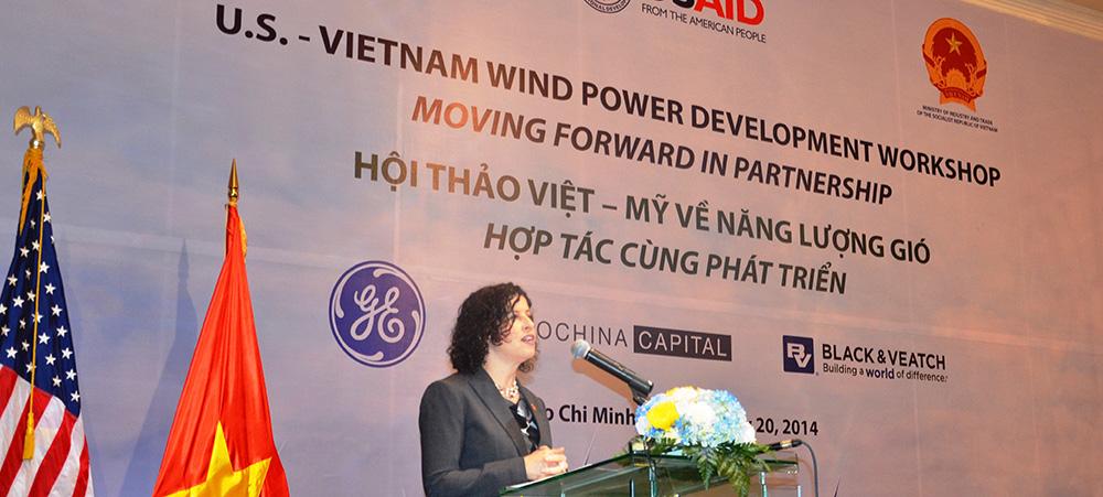 Tổng Lãnh sự Khai mạc Hội thảo Việt – Mỹ về điện gió