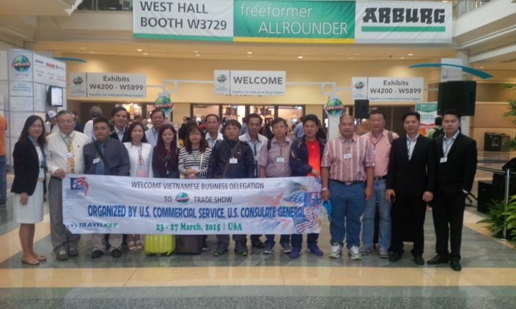 Picture of Business delegation to the International Plastics Showcase