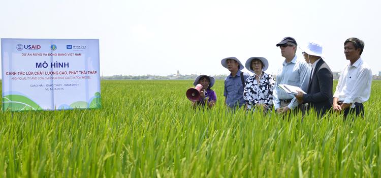 Quyền Trợ lý Ngoại trưởng Garber thăm Việt Nam