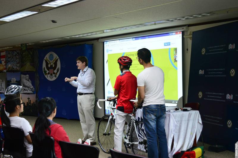 Photo of Chris Helmkamp speaking