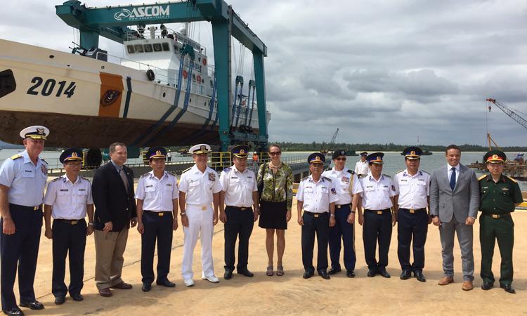 Tư lệnh Bộ Tư lệnh Thái Bình Dương Hoa Kỳ Khánh thành Cơ sở Sửa chữa Bảo dưỡng tàu của Cảnh sát biển Việt Nam tại Quảng Nam