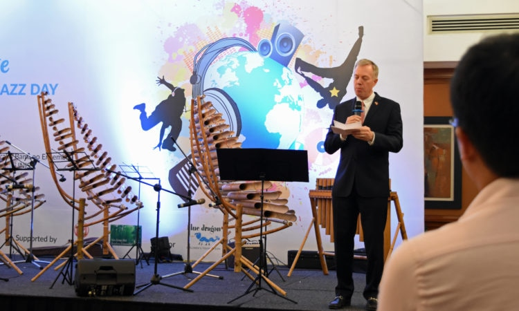 Ambassador Osius giving remarks at International Jazz Day Celebration with Blue Dragon Foundation