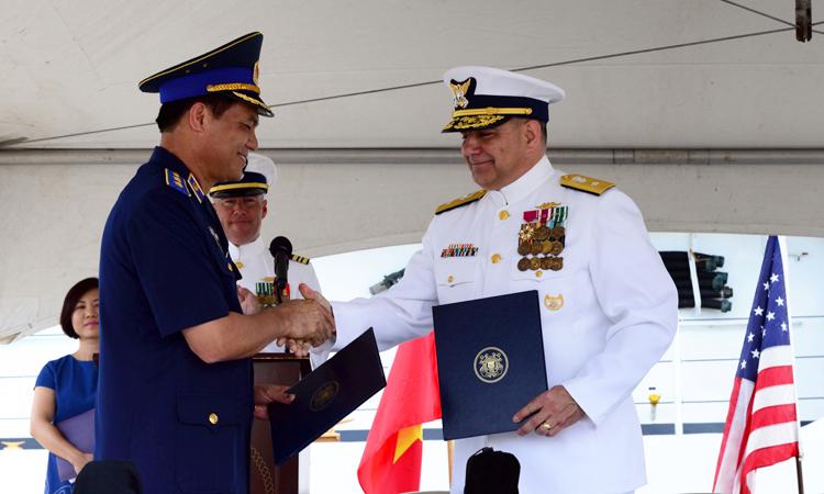 U.S. transfers High Endurance Cutter to Vietnam Coast Guard