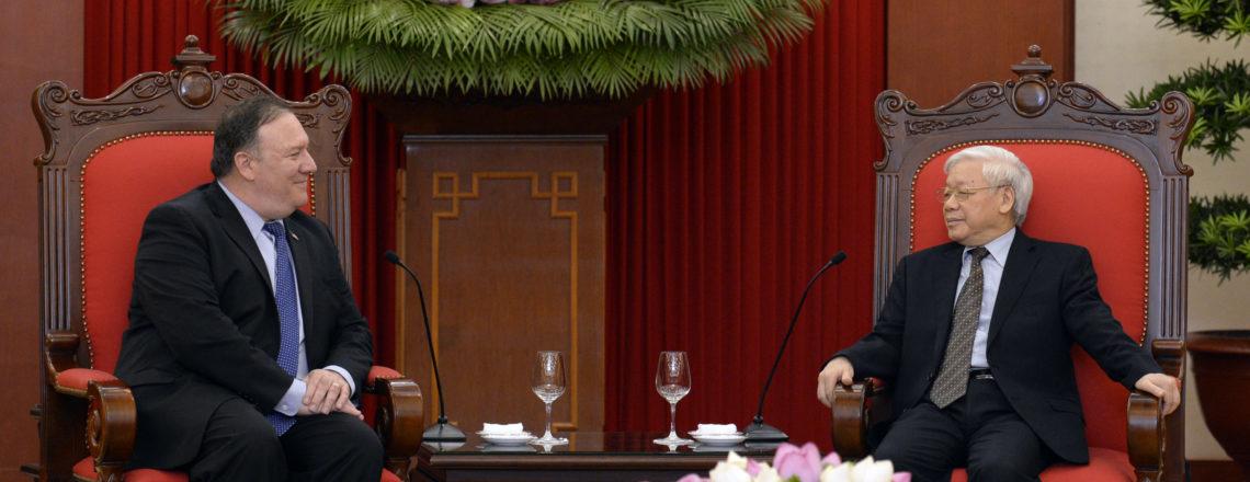 Ngoại trưởng Pompeo gặp Tổng bí thư Nguyễn Phú Trọng