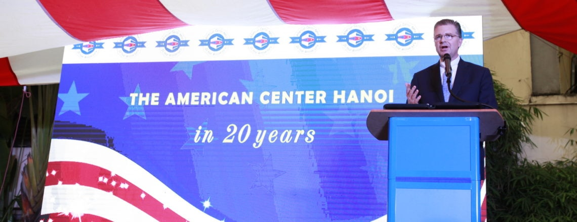 American Center Celebrates 20 Years and launches the End Plastic Pollution Campaign