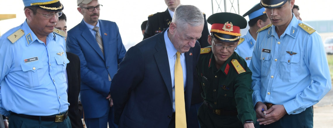U.S. Secretary of Defense Makes Second Visit to Vietnam in 2018